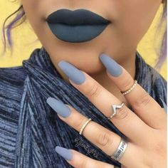 21 Perfect Matching Lipstick And Nail Polish For Your Inspiration Grey Matte Nails, Matte Acrylic Nails, Matte Nail Polish, Dark Blue Nails, Matte Lips, Aycrlic Nails, Hair And Nails, Nails 2016, Nail Nail