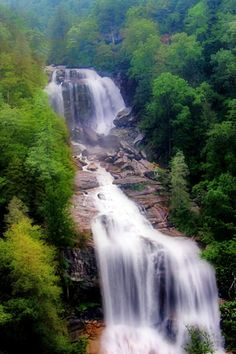 The Ultimate North Carolina Waterfall Road Trip Will Take You To 8 Scenic Spots In The State Nc Waterfalls, North Carolina Waterfalls, Beautiful Waterfalls, Best Vacation Destinations, Vacation Trips, Vacations, Vacation Places, Places To See, Places To Travel