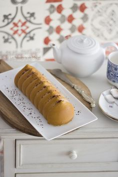 Mousse de Té con Leche Hot Dog Buns, Hot Dogs, Mousse, Bread, Sweet, Desserts, Recipes, Food, Spices