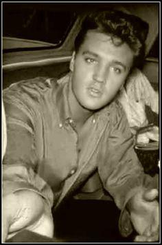 candid Elvis...50's