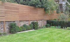 Garden Privacy Screen, Privacy Fence Designs, Garden Fence Panels, Garden Fencing, Garden Trellis, Steep Gardens, Back Gardens, Fence Landscaping, Backyard Fences