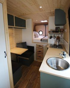 caravan decor 795940934125888315 - Describe this beautiful interior with two emojis 👇 📷 by dusty_vanlife Source by projectvanlife Van Conversion Interior, Camper Van Conversion Diy, Van Interior, Airstream Interior, Van Living, Tiny House Living, Living Rooms, Kombi Home, Casas Containers