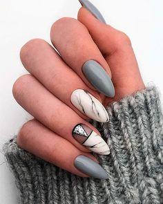 Here are some gorgeous gray nail art design ideas between black and gray nails, pink and grey nails, and gray ombre nails! Nails & Co, Shellac Nails, Hair And Nails, Nail Polish, Acrylic Nails, Glam Nails, Nail Nail, Grey Nail Art, Marble Nail Art