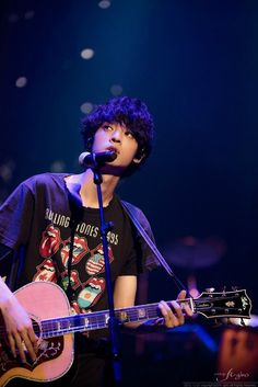 Jung Joon Young Jung Joon Young, Japanese Men, Famous Men, Korean Music, Playing Guitar, Perfect Man, Kpop, Musical, The Voice
