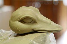 Toy Art, Pottery Sculpture, Sculpture Art, Sculpture Ideas, Clay Birds, Frozen Banana Bites, Ceramic Techniques, Ceramic Animals, Bird Drawings