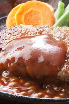 Melt in your mouth country style steak with gravy recipe - reasons why you need fat jeans - Country Food Cube Steak Recipes, Beef Recipes, Cooking Recipes, Recipies, Country Style Steak, Beef Cubed Steak, Dinner Dishes, Main Dishes, Dinner Recipes