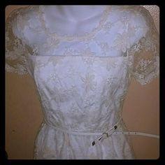 Monteau Dresses & Skirts - Lovely off white dress