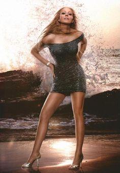 http://backalleypics.com/Pictures/Letter%20Ma~Me/Mariah%20Carey/Mariah%20Carey%20420.jpg