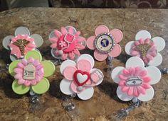 Badge holders from medicine vials caps: Nursing Collection Badge Holder Clips, Badge Reel, Bottle Top Art, Nurse Crafts, Washer Crafts, Badge Maker, Work Badge, Retractable Id Badge Holder, Nurse Badge