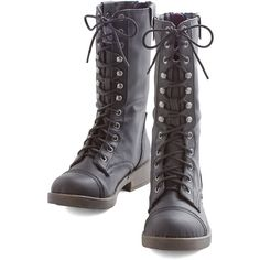 ModCloth Military StruttinGÇÖ to See Here Boot (€19) ❤ liked on Polyvore featuring shoes, boots, black, boot - bootie, flat boot, tall flat boots, lace up ankle boots, flat boots, black flat boots and vegan boots
