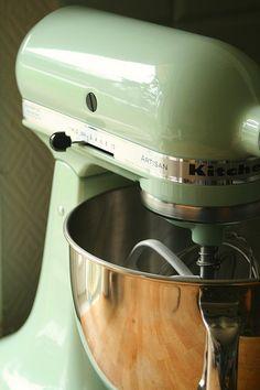 Kitchenaid artisan stand mixer in 'pistachio' Kitchen Aid Recipes, Kitchen Aid Mixer, Kitchen Utensils, Kitchen Appliances, Kitchens, New Kitchen, Kitchen Dining, Mint Green Kitchen, Homes