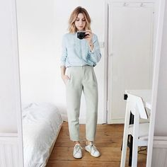 Brittany Bathgate OOTD: Pastel Tailoring | For more ideas, click the picture or visit www.thedebrief.co.uk