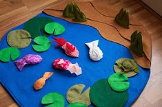 The cutest Fishing Pond you ever saw with a basic tutorial (restlessrisa) Fun Activities For Kids, Craft Activities, Crafts For Kids, Toddler Crafts, Felt Crafts, Diy Crafts, Felt Play Mat, Play Mats, Felt Fish