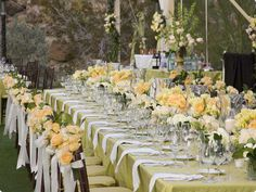 I would never think to use yellow, but I love this color combination. So soft and summery!