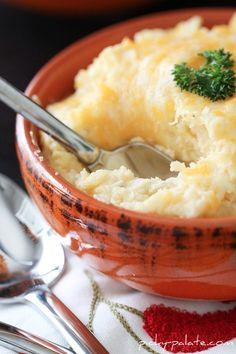 Smoky and Cheesy Buttermilk Baked Mashed Potatoes - Picky Palate