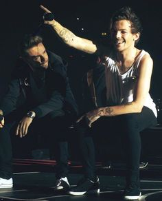 Liam and Louis - OTRA Tour - 10/21/15 (Liam is me)