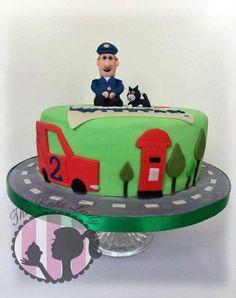 Postman pat birthday cake!