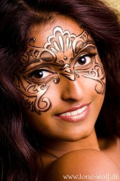 Mask face paint - maybe in baby blue and pink with my wendy darling costume