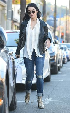 vanessa-hudgens-casual-style-leaving-sara-s-lingerie-los-angeles-january-2016-1.jpg (1280×2060)