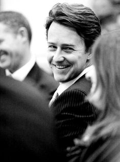 Edward Norton looking all adorable with that smile Edward Norton, Hulk, Beautiful Men, Beautiful People, Pretty People, Star Wars, Attractive Men, Best Actor, Famous Faces
