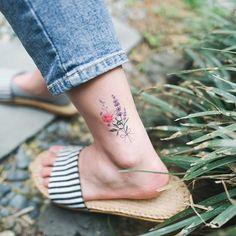 진짜 타투를 한 것 같은 타투스티커(temporary tattoo)를 제작하기 위해 긴 시간 동안 준비하고 타투스티커를 위한 그림을 그려왔어요. 최소한의 수량만 발매되며, 앞으로 다양한 그림의 타투스티커를 만들어나가보도록 노력할게요. 다음주 월요일(3/27)부터 곧 완성될 스튜디오바이솔 공식 홈페이지에서 판매가 시작됩니다. 한국뿐만 아니라 해외에서도 구매가능 합니다. 추가적인 공지는 인스타그램을 통해 지속적으로 해나가도록 하겠습니다. . ✨I have spent a long time working on these temporary tattoos and I am really excited about them. I only have a limited supply of each design, but I will be working hard to create more designs in the near future. Sale begins next week on Monday…