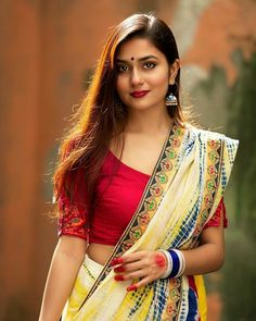 Beautiful Girl In India, Beautiful Blonde Girl, Beautiful Girl Image, Beautiful Saree, Beautiful Women, Indian Photoshoot, Saree Photoshoot, Beautiful Bollywood Actress, Beautiful Actresses
