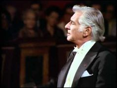 BEETHOVEN - Symphony No. 1 - Leonard Bernstein (1) 9hr 53 mins.    (+playlist)