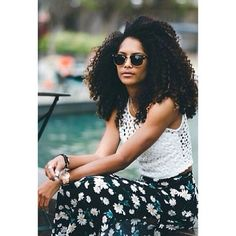 Are you looking for super long curly hairstyles? In our gallery you will find the images of Super Long Natural Hair that you may want to try! Big Curly Hair, Curly Girl, Curly Hair Styles, Natural Hair Styles, Curly Nikki, Pelo Natural, Long Natural Hair, Natural Hair Journey, Going Natural