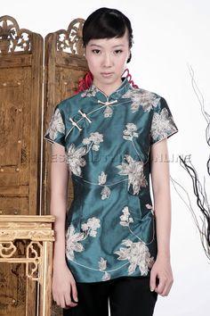 Short-sleeve Embossed Embroidery Mandarin Blouse (Green)