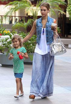 Jessica Alba Metallic Shoulder Bag - Jessica Alba Fashion Lookbook - StyleBistro