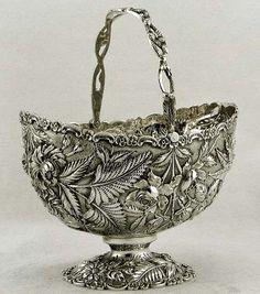 Kirk Stering Silver Floral Branch Handle Sugar Basket c1905