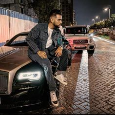 New Image Wallpaper, New Images Hd, Official Charts, Ammy Virk, Funky Quotes, Kurta Men, Ace Family, Mens Fashion Wear, Actor Picture