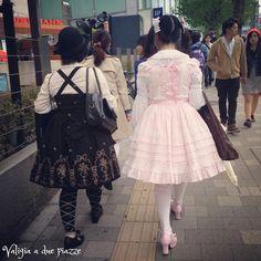 Harajuku girls in Takeshita Street a Tokyo