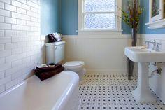 Keramische tegels met patroon - badkamervloer