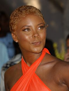 Model Eva Pigford at the Annual Soul Train Lady of Soul Awards in 2005 with short pixie Short Hair Syles, Short Curly Hair, Short Hair Cuts, Curly Hair Styles, Natural Hair Styles, Choppy Pixie Cut, Short Pixie, Girls Short Haircuts, Short Black Hairstyles
