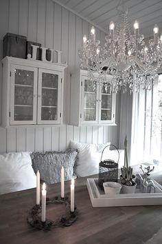 Love the deco. Decor, Home Decor Inspiration, House Design, Interior, Home, House Interior, Cottage Interiors, Interior Design, Home And Living