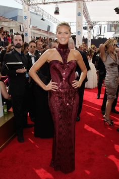 Stunning supermodel and nominee Heidi Klum at the Primetime Emmys looking amazing in a gown from Atelier Versace Fall 2013! #VersaceCelebrities