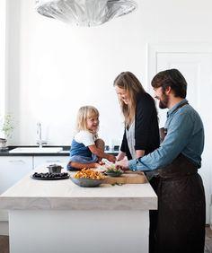 Rene Redzepi - cooking at home