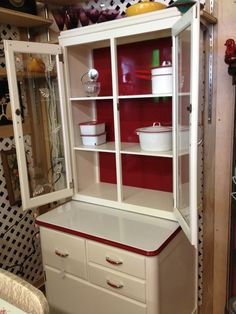 Kitchen Drawer Cabinets For Sale Vintage Kitchen Cabinets, Kitchen Drawers, Vintage Kitchen Decor, Antique Cabinets, Kitsch, Antique Hoosier Cabinet, Vintage Cabinet, Contemporary Kitchen Tables, Red And White Kitchen