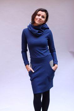 Kapuzenkleid Kleid mit Tulpenrock in marine blau