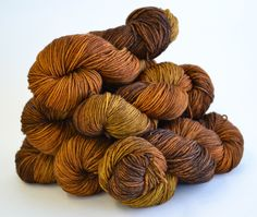 Nutmeg -DK 100% Superwash Merino 257yards  / 100g by katsriversidestudio on Etsy https://www.etsy.com/listing/268909360/nutmeg-dk-100-superwash-merino-257yards