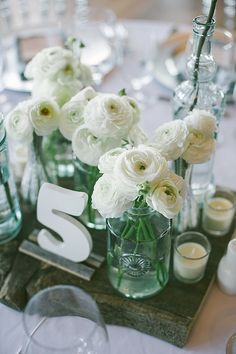 Picture-Perfect Wedding Ideas for Reception Tables - MODwedding Mod Wedding, Wedding Pics, Wedding Themes, Wedding Table, Wedding Reception, Wedding Flowers, Wedding Stuff, Wedding Ideas, Reception Table