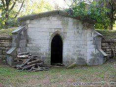 Old Alton Illinois | The Ghosthunter Girls - Alton City Cemetery