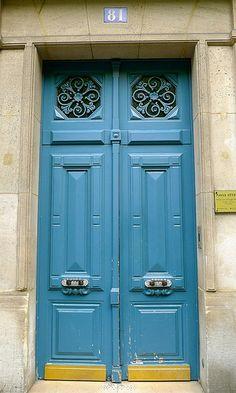 Beautiful Paris Doors