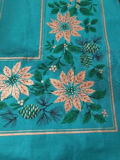 Vintage Christmas Holiday Tablecloth Square Green Gold Pointsettia Table Cloth