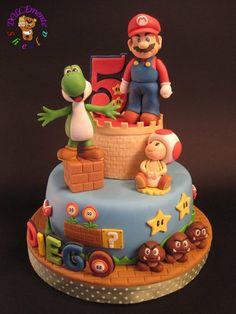 Super Mario - Cake by Sheila Laura Gallo Mario Birthday Cake, Super Mario Birthday, Super Mario Party, Mario Bros Kuchen, Mario Bros Cake, Bolo Do Mario, Bolo Super Mario, Pasteles Cake Boss, Video Game Cakes
