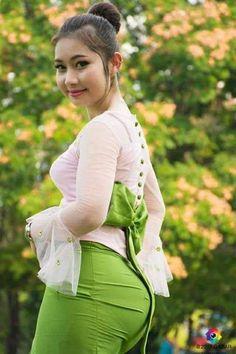 Asian Woman in dark red shirt & blue pants Sexy Asian Girls, Sexy Hot Girls, Belle Nana, Burmese Girls, Myanmar Women, Femmes Les Plus Sexy, Curvy Women Fashion, Indian Beauty Saree, Beautiful Asian Women