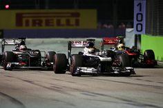#Pastor #Maldonado luchando posición en el #GranPremio de #Singapure contra #Nico #Hulkenberg y #Sergio #Pérez / #Formula1 #F1 #Venezuela #Automovilismo
