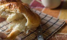 ΤO τσουρέκι της Mamangelic! | εποχιακές συνταγές | βουρ στο ψητό! | συνταγές | δημιουργίες| διατροφή| Blog | mamangelic Greek Recipes, No Bake Desserts, Beautiful Cakes, Cake Cookies, Camembert Cheese, Cake Recipes, Sweets, Bread, Ethnic Recipes