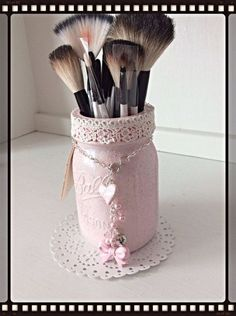 charming makeup caddy pink altered mason jar 24 is creative inspiration for us - The world's most private search engine Mason Jar Gifts, Mason Jar Diy, Lace Mason Jars, Mason Jar Bathroom, Jar Crafts, Bottle Crafts, Decoration Shabby, Mason Jar Projects, Jar Art